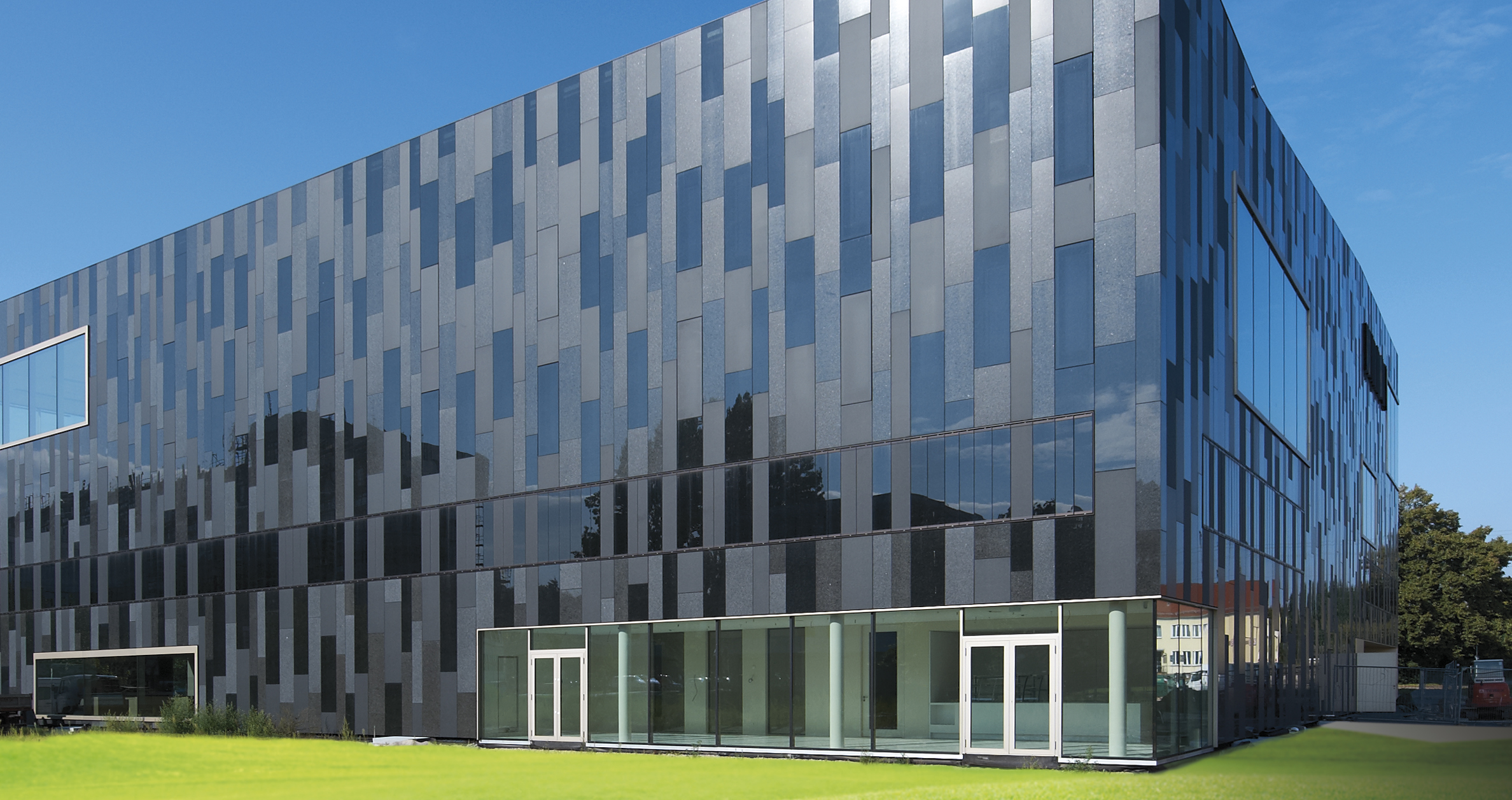Glass Cladding Facades : Sophisticated ventilated rainscreen glass cladding